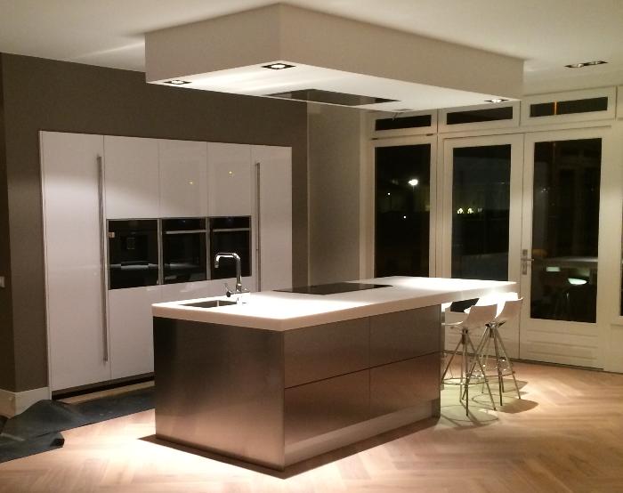 Afzuigkap Op Maat : Project 693 snaidero keuken in eindhoven snaidero concept store